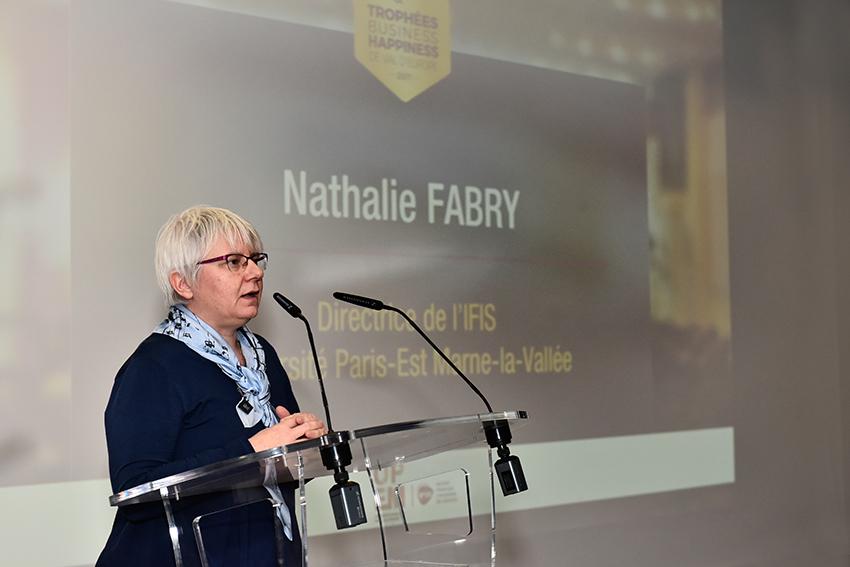 Nathalie Fabry aux Trophées Business Happiness de Val d'Europe