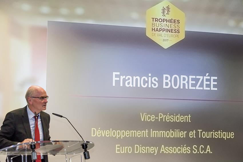 Francis Borezée aux Trophées Business Happiness de Val d'Europe