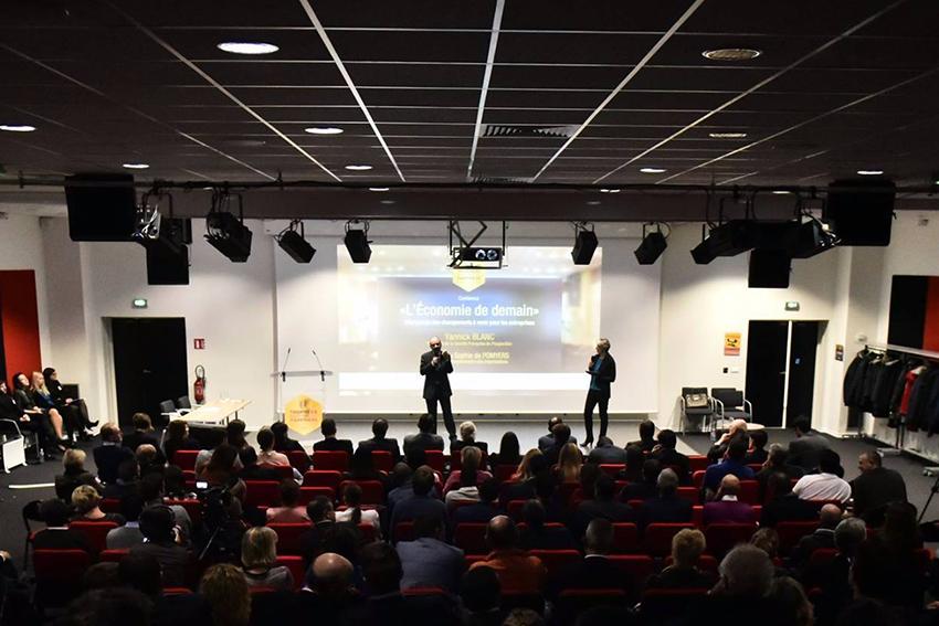 """Conférence """"L'économie de demain"""" par Yannick Blan"""