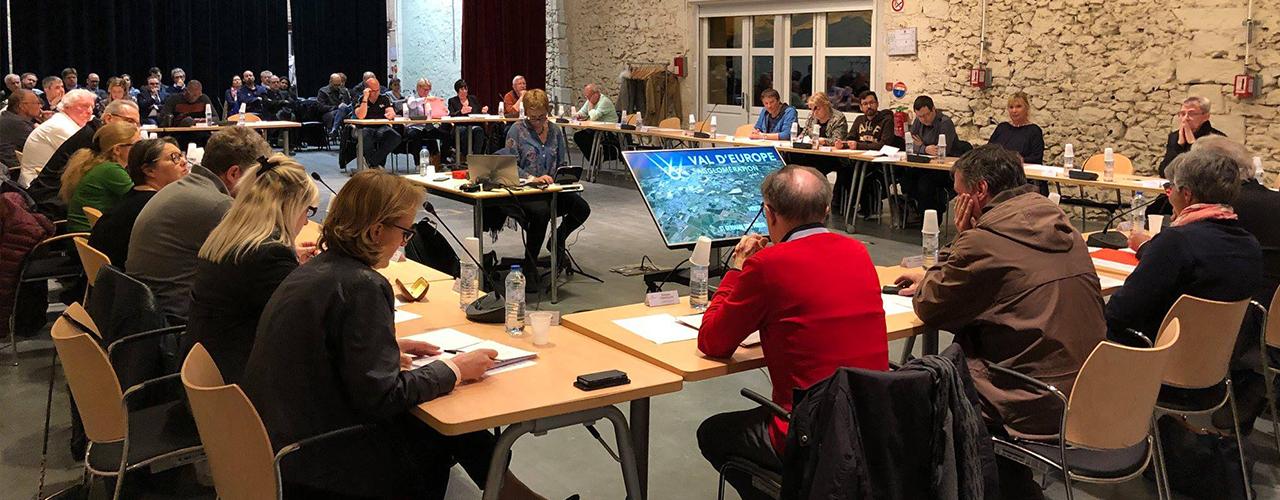 Les élus votent l'entrée de 3 nouvelles communes à Val d'Europe