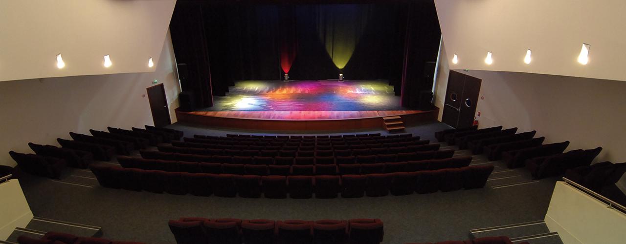 Théâtre d'impro «Bio» et concert «Haïdouti Orkestar»